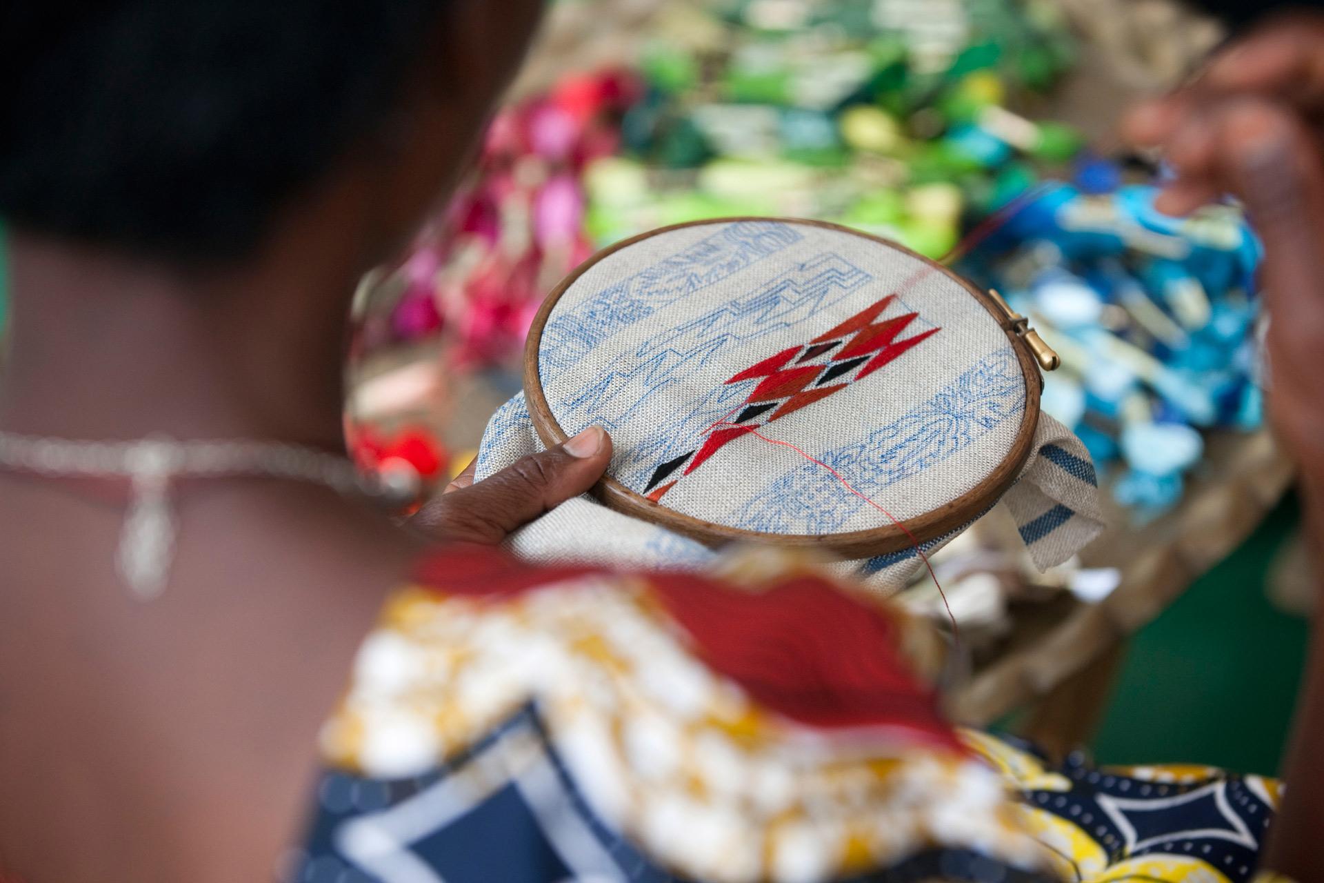 Brodeuse - embroiderer Ibaba Rwanda